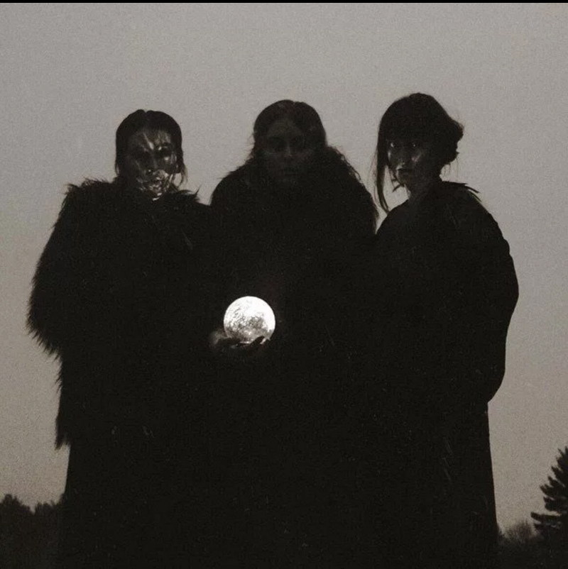 Crisafi Queens of the Moon